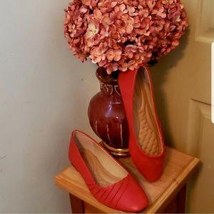 Shoes - Elegant Design Red Flats